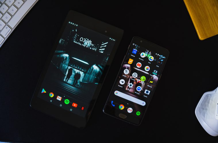 black android smartphone displaying home screen